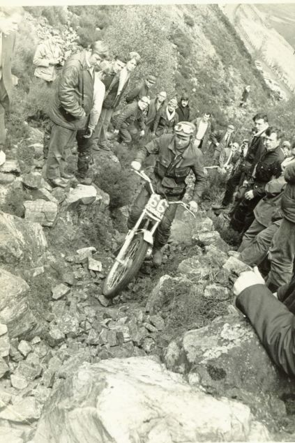 1971 - Scottish - Rob finished in sixth position. Seen here on Garbh Bheinn. Notable spectators are Monty Banks on the left with goggles and Dave Rowland on the right. Rob was very friendly with Rowland and held him in high regard as a rider and a person.