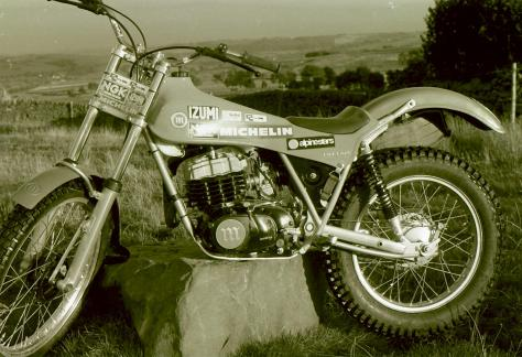 129just how a works bike should be.malcolm rathmells 21982-83