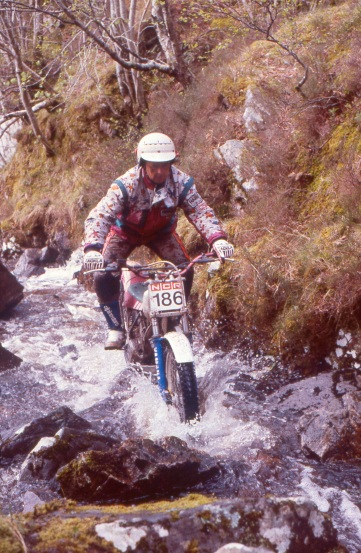 Adrian Clarke (250 Yamaha) in the 1992 Scottish Six Days - © – Iain Lawrie, Kinlochleven.