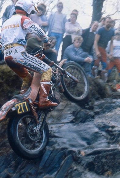 Diego Bosis (350 Montesa) on Witches Burn in the 1985 Scottish Six Days - © – iain Lawrie, Kinlochleven.