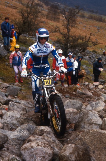 Eddy Lejeune (270 Rothmans Honda RTL270S) on Ben Nevis in the 1986 Scottish Six Days - © – Iain Lawrie, Kinlochleven.