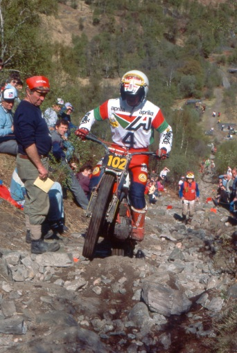 Phillipe Berlatier (280 Aprilia) on Pipeline in the 1985 Scottish Six Days - © – Iain Lawrie, Kinlochleven.