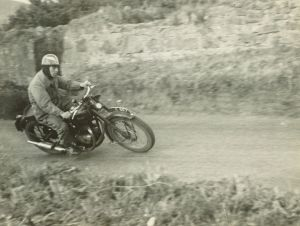 Tommy Robertson on his Triumph Twin at the Bo'ness Hill Climb on 9th August 1947