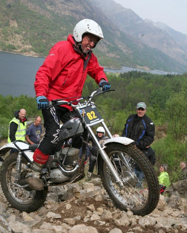 Colin Dommett 2nd sub Caolasnacoan Pre 65 Scottish 2011 Observer Dave Cole