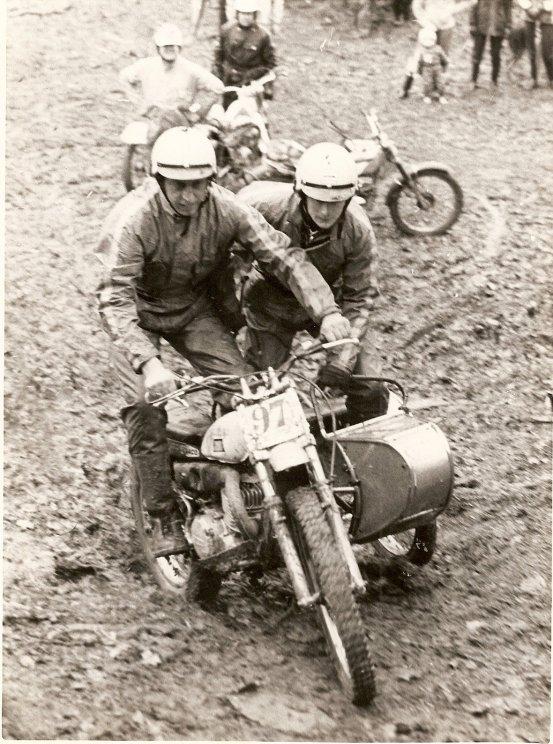 Colin Dommett & Eric Chamberlain (Suzuki)