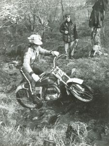 American, Bernie Schreiber (325 Bultaco) in his first Scottish in 1977 on Kilmonivaig section near Spean Bridge on the second day's run. Schreiber finished in 11th position losing 98 marks. Photo: Iain C. Clark, Fort William.