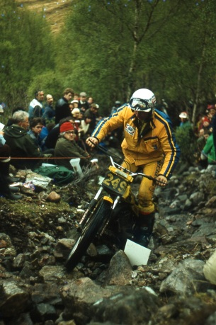 Gilles Burgat on his way to victory in 1981 on the 280cc SWM seen here on Cnoc A linnhe. Photo copyright: Iain Lawrie, Kinlochleven.