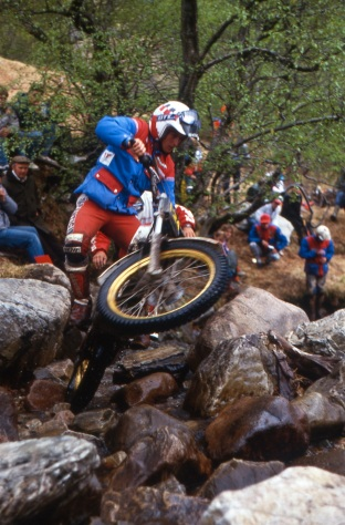 Steve Saunders (Fantic) on Mamore in 1987 -