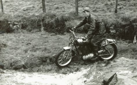 johnny-brittain-royal-enfield-1953-scott-cw