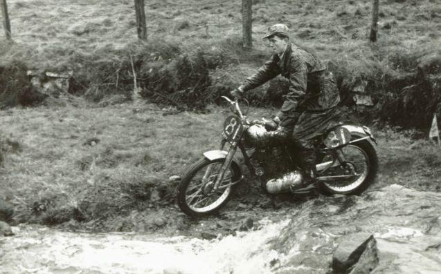 johnny-brittain-royal-enfield-1953-scott-cw