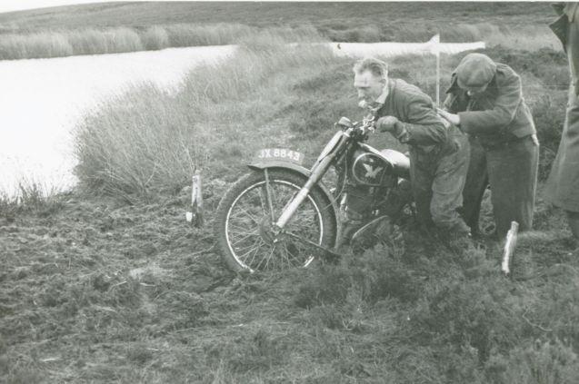 meadowcroft-350-matchless-1947-scott-cw
