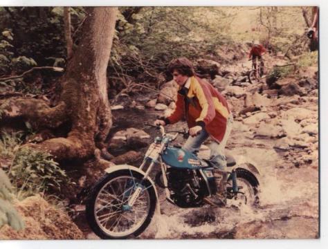 AGB - 198B - 1982 - AGB