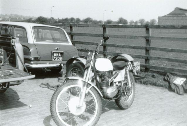 1966 - SSDT - Mick Andrews Bultaco - DOT289D 2