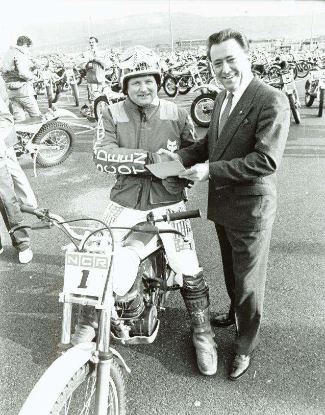 1988-ssdt-pm-a-macmillan-photo
