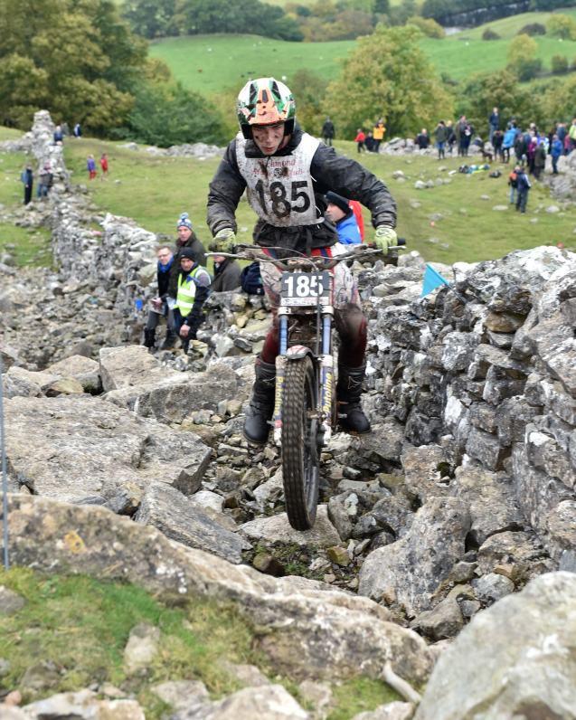 Iwan Roberts (4)