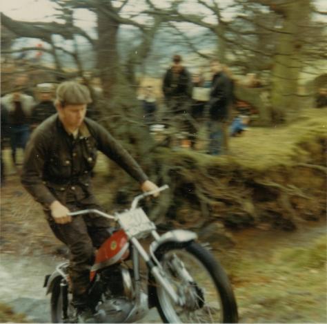 H M Lampkin - Bultaco - RE