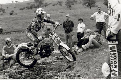 yrjo vesterinen on his way to winning the 1982 british trials championship aboard his works 340 bultaco in the allan jefferies trial