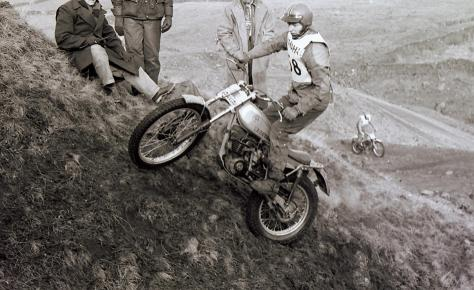 13brian hutchinson on a rare 175 bultaco in the 1979 northern experts
