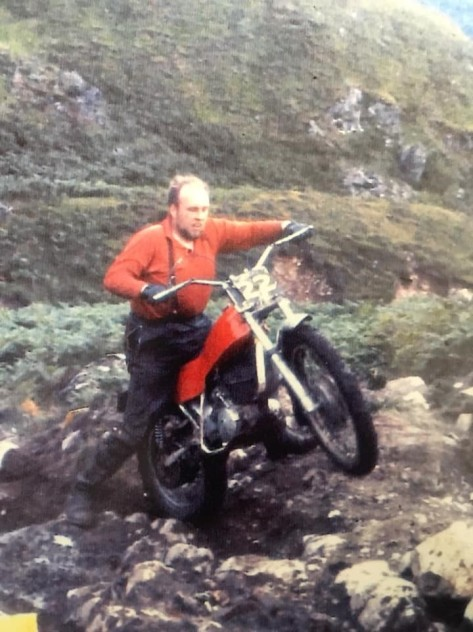 Alex Smith - Montesa - Rogart