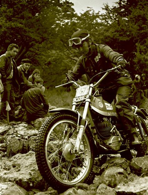 41spanish rider xavier puig on his kit campeon bultaco along way from home in the allen jeffries